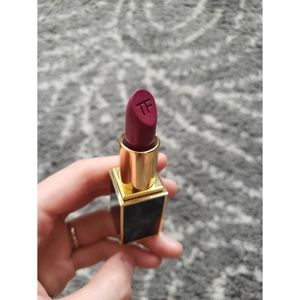 Tom Ford Lip Color Matte - Velvet Violet 16